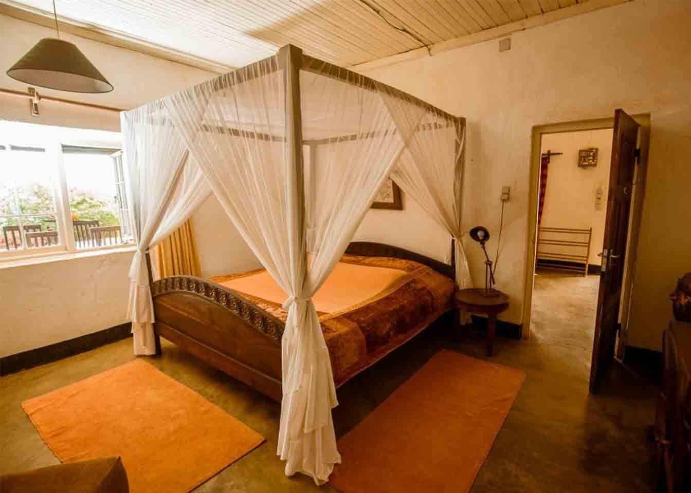 Simba Farm Lodge